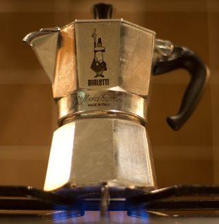 Moka_pot_on_hob