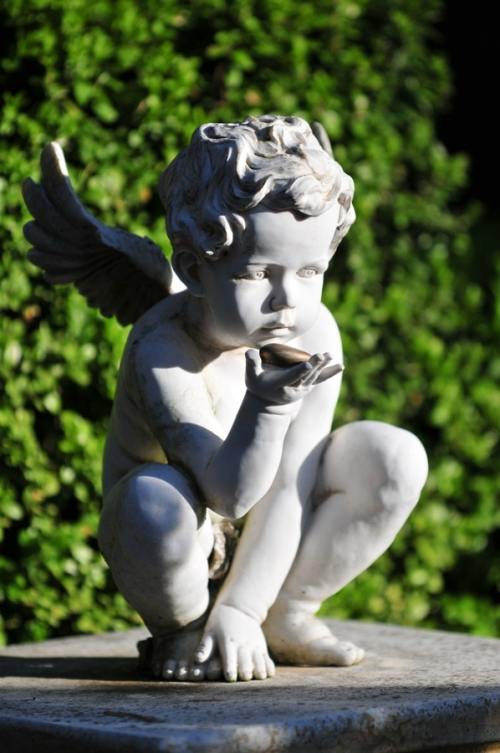 177cfa797d33aff47dad4a5915e98634--angels-in-heaven-garden-angels